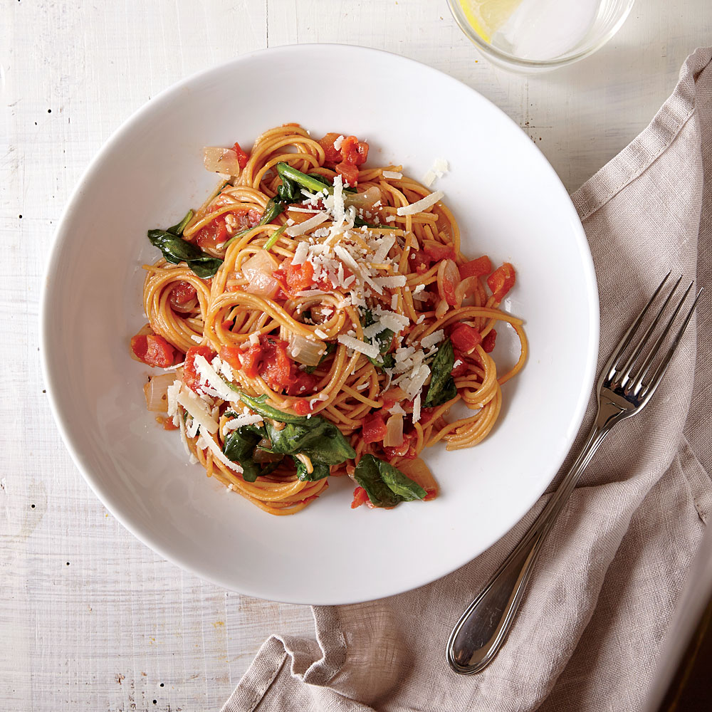 How to Make One-Pot Pasta with Spinach and Tomatoes - Cooking Light ...