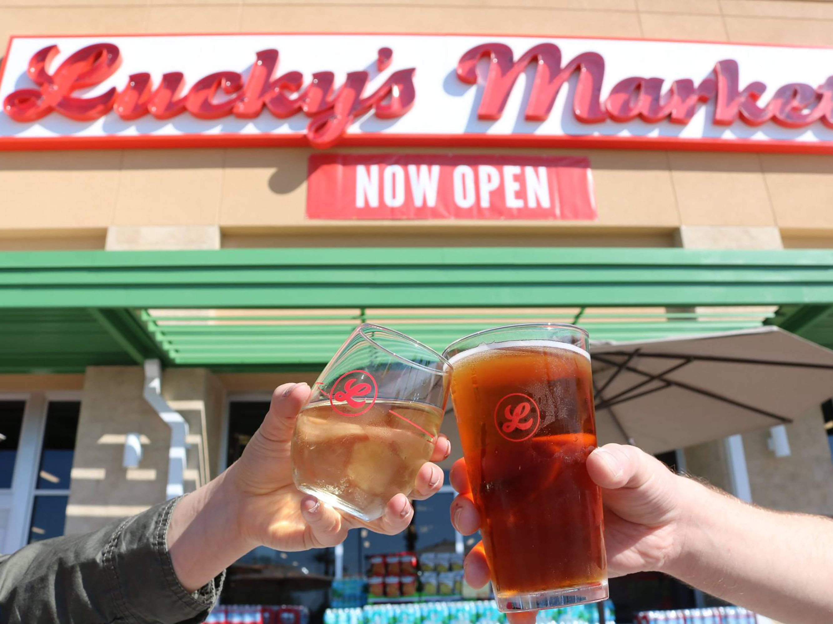 Luckys Supermarket Is a Healthy Grocery Store About to Go Viral