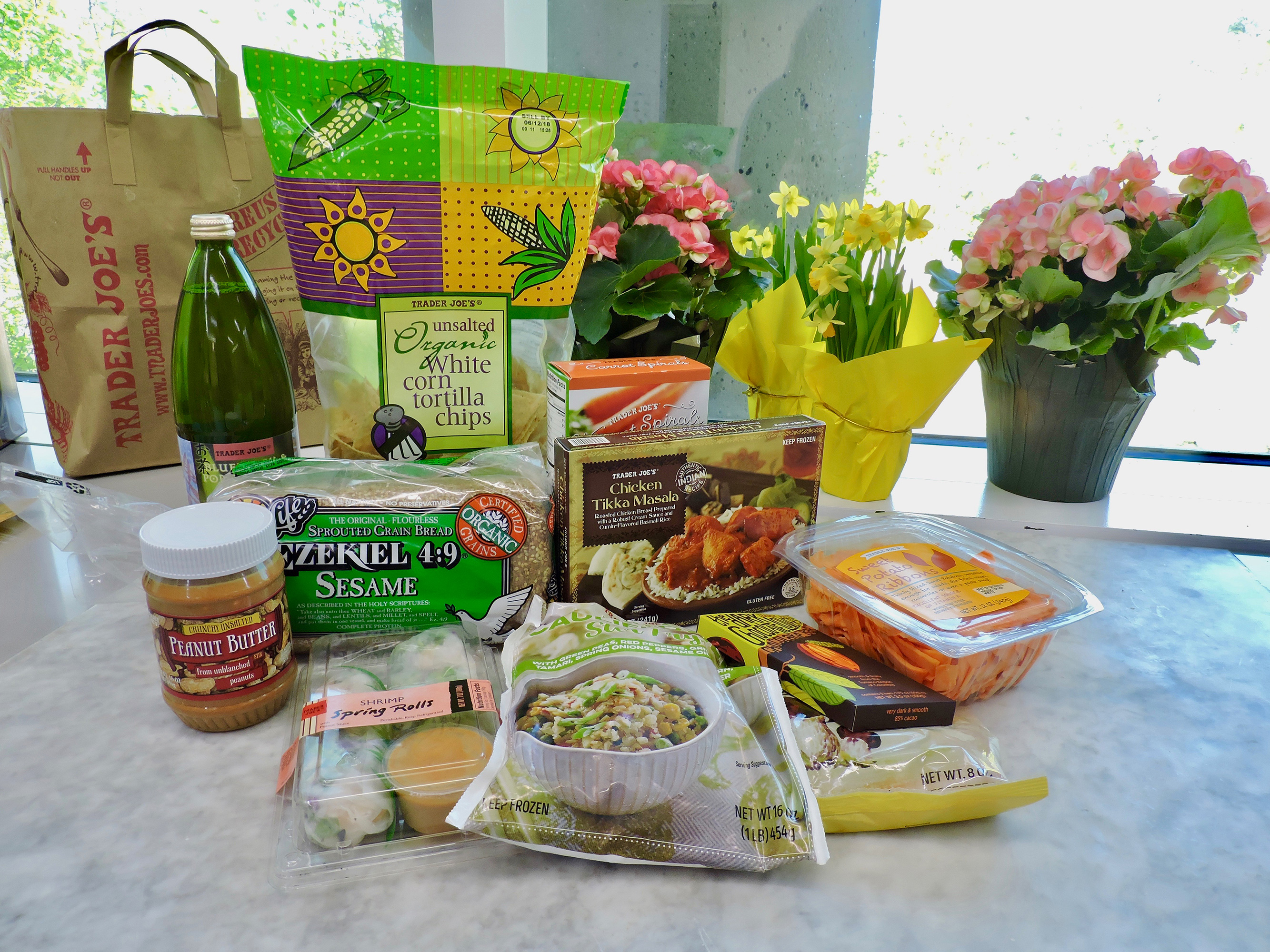 15 Nutritionist Approved Trader Joes Foods For 5 Or Less
