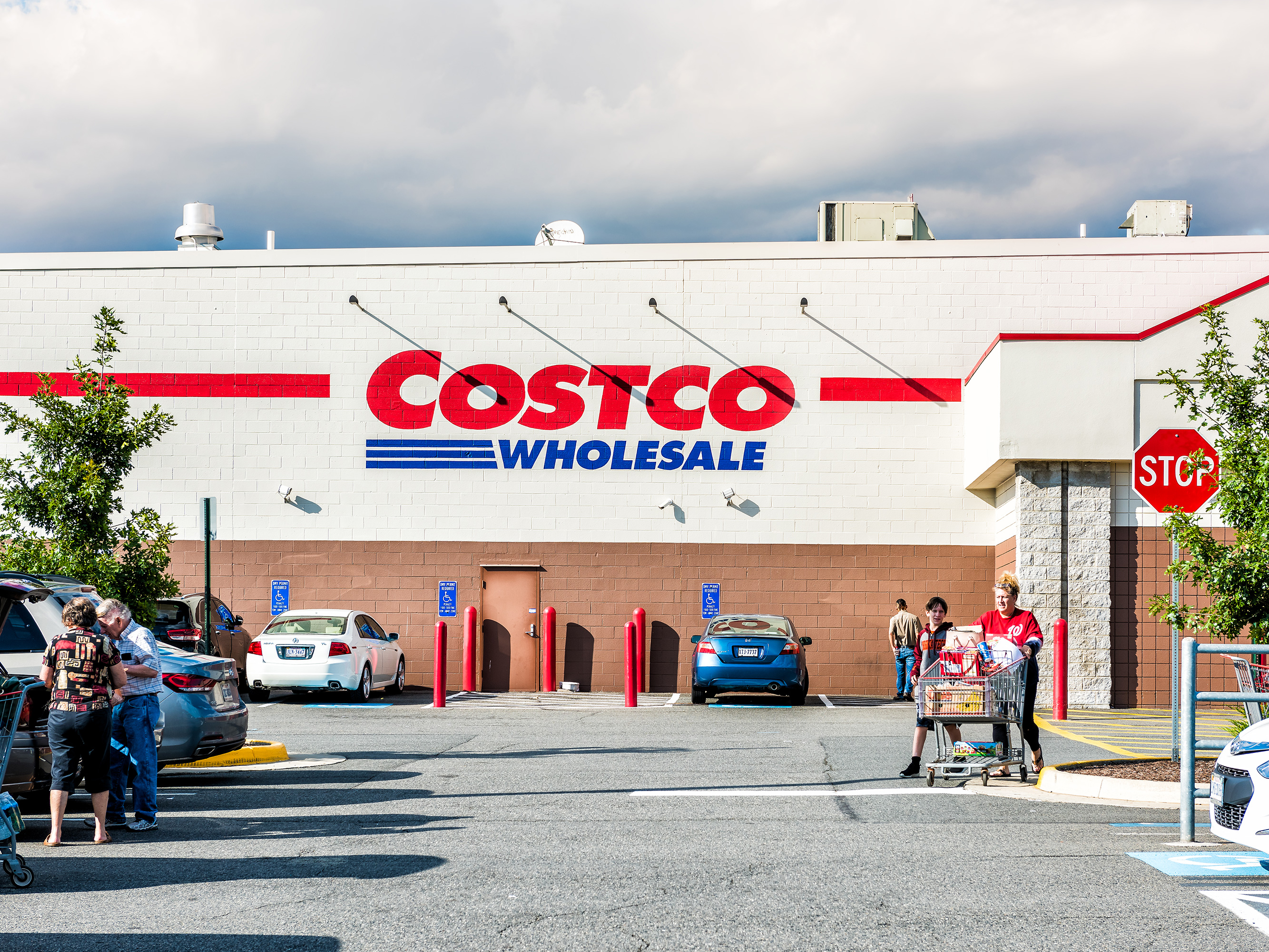 You Can Buy These 5 Things Without a Costco Membership