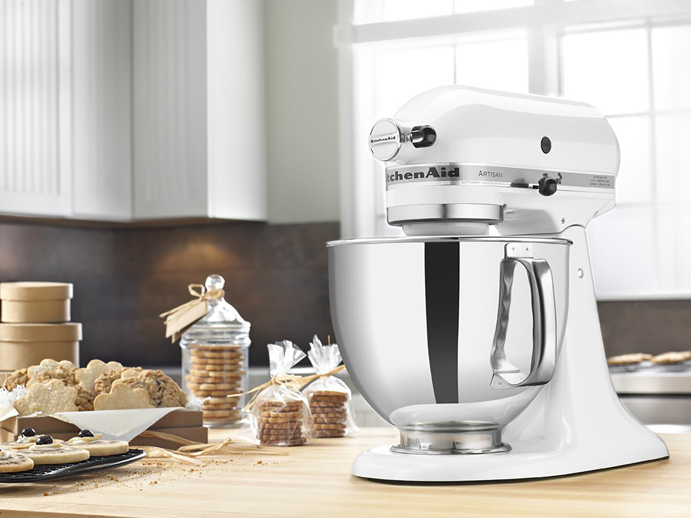 Cool Amazon Is Selling Classic Kitchenaid Mixers For Just 189 Best Image Libraries Counlowcountryjoecom