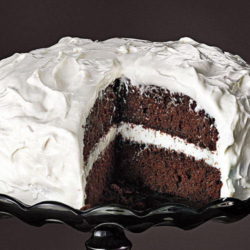 Five-Ingredient Chocolate Cakes: This cake is stunning yet so ...