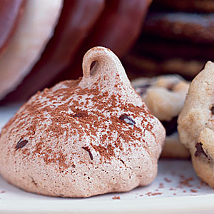 Chocolate Chip Meringues
