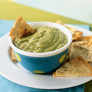 Quick and Healthy Avocado-Tomatillo Dip with Cumin Pita Chips Recipe