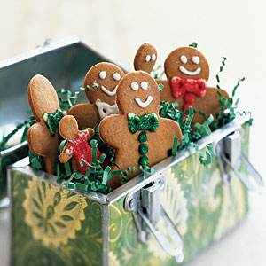 <p>Holiday baking can be a great way to create personal homemade gifts for people you care about, without getting intimidated or exhausted by holiday shopping. Plus, it will leave your kitchen smelling delectable, and you can avoid long lines and parking-
