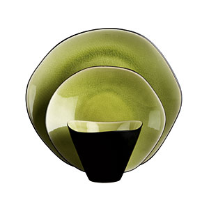 Free-Form Dinnerware