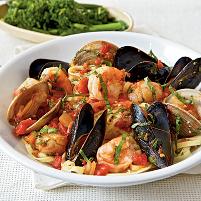 Quick and easy fish and shellfish recipes for dinner What to make with shrimp for dinner