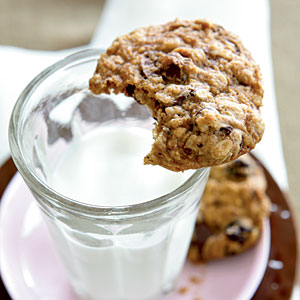 Low-Cal Chocolate-Cherry Heart Smart Cookies Recipes
