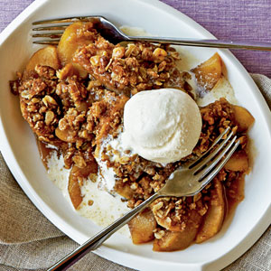 Maple-Walnut Apple Crisp