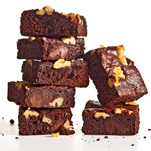 Classic Fudge-Walnut Brownies Recipe