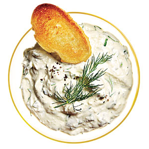 Low-Cal Creamy Spinach and Feta Dip