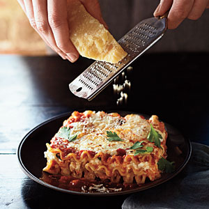 1303p109-three-cheese-lasagna-m.jpg