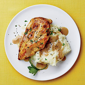 Chicken with Mashed Potatoes and Gravy