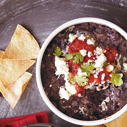 Chipotle Black Bean Dip with Corn Chips