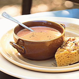Healthy Creamy Tomato-Balsamic Soup Recipe