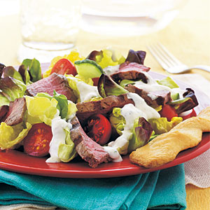 Steak Salad with Creamy Horseradish Dressing