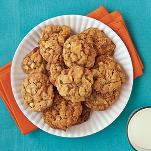 Chewy Caramel Apple Cookies