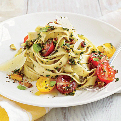 Fettuccine with Pistachio-Mint Pesto and Tomatoes