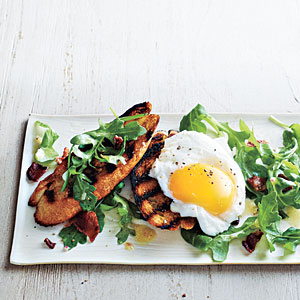 Green salads: Poached Egg and Arugula Salad Bruschetta