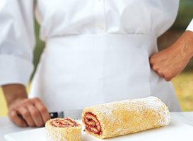 How To Roll A Jelly-Roll Cake