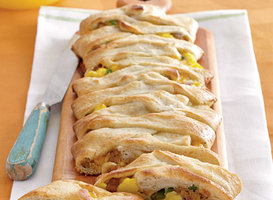 Jalapeno, Sausage, Jack, and Egg Breakfast Braid Recipes