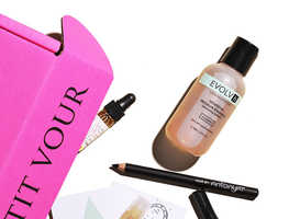 Petit Vour The PV Beauty Box