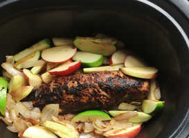 Slow Cooker Pork and Apples Recipes with Roots