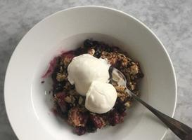 Better Passover Desserts: Berry Crisp with Matzo Streusel