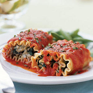 Lasagna Rolls with Roasted Red Pepper Sauce - Healthy Lasagna Recipes ...