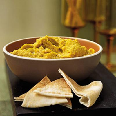 Quick and Healthy Cumin Curried Hummus Recipe