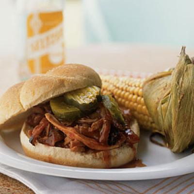 4th of July Recipes: Pulled Chicken Sandwiches