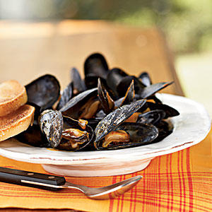 Steamed Mussels in Saffron Broth - Quick-and-Easy Seafood Recipes ...