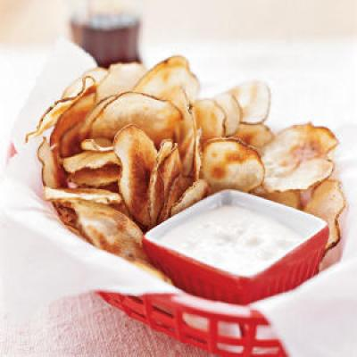 Potato Chips with Blue Cheese Dip - Recipes