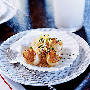 Nantucket Bay Scallops with Bay-Scented Butter