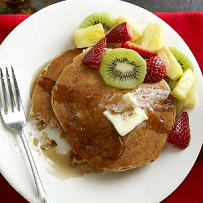 Whole-Wheat Buttermilk Pancakes Recipe