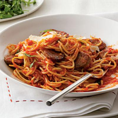Spaghetti with Sausage and Simple Tomato Sauce - Healthy Pasta Dinner ...