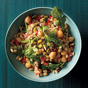 Shortcut Entree Salad: Canned Chickpeas