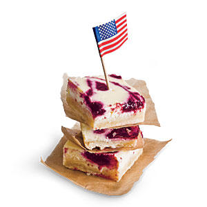 4th of July Recipes: Fresh Cherry Cheesecake Bars