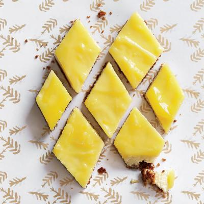 Lemon Cheesecake Bars with Gingersnap Crust - Bake it Forward for the ...