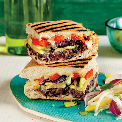 Mexican-Style Grilled Vegetable Sandwich - Quick and Easy Vegetarian ...