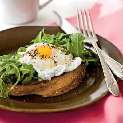 Poached Eggs with Buttery Multigrain Toast