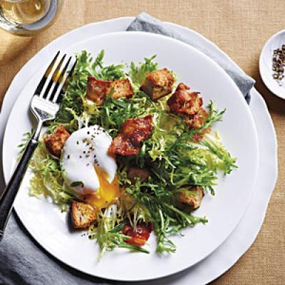 French Frisée Salad with Bacon and Poached Eggs - The New Way to Cook ...