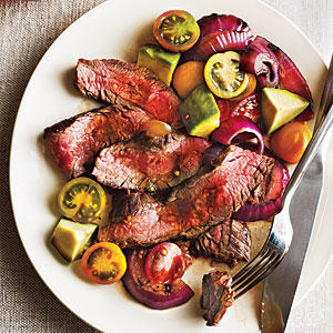 Grilled Flank Steak with Onions, Avocado, and Tomatoes - Fresh Tomato ...