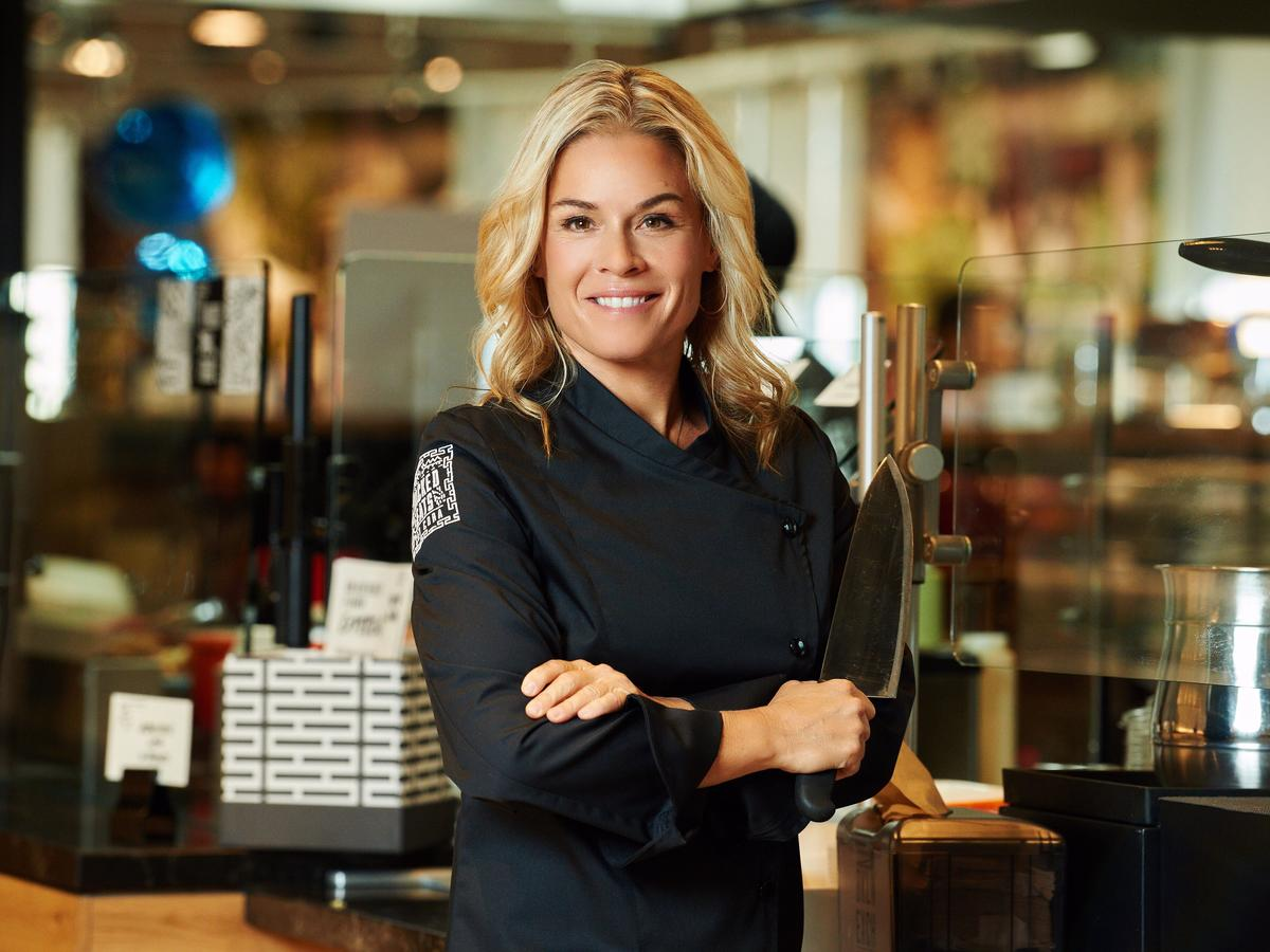 Here's Exactly What You Should Do to Save Money and Eat Healthier at Restaurants, According to Celebrity Chef Cat Cora