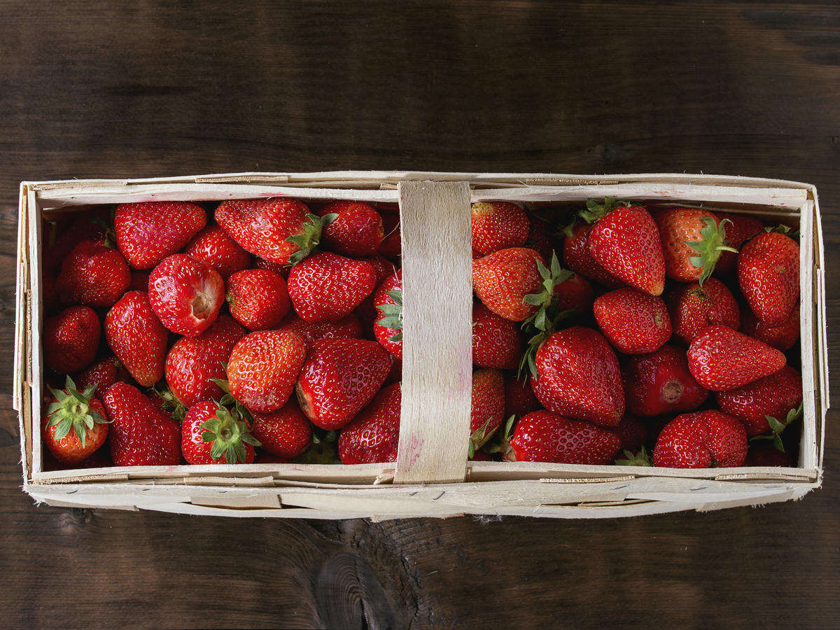 How to Make—and Use—Pickled Strawberries