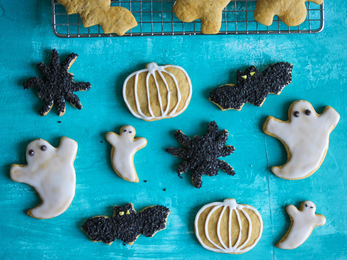 1705w- Glazed Pumpkin Sugar Cookies