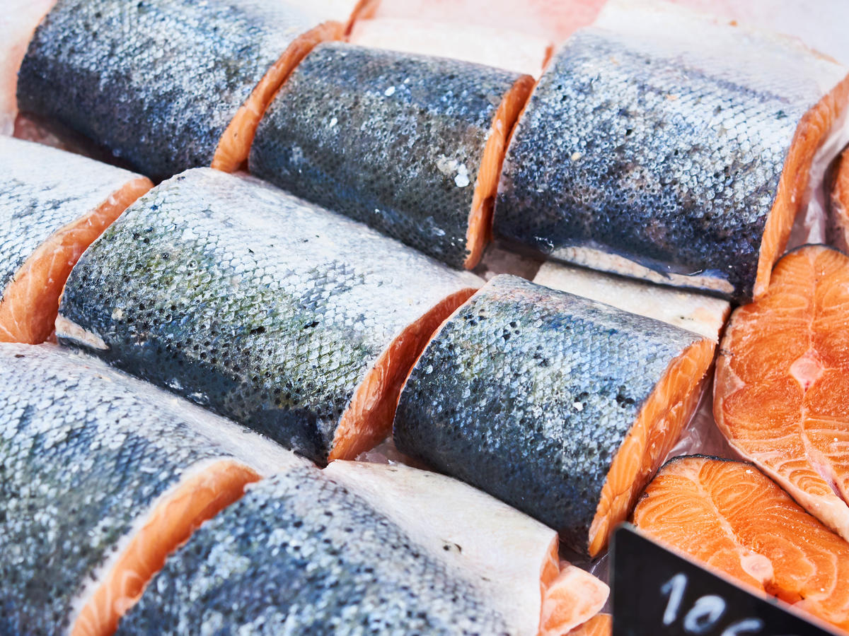 Get Schooled: How to Buy the Best Salmon at the Grocery Store