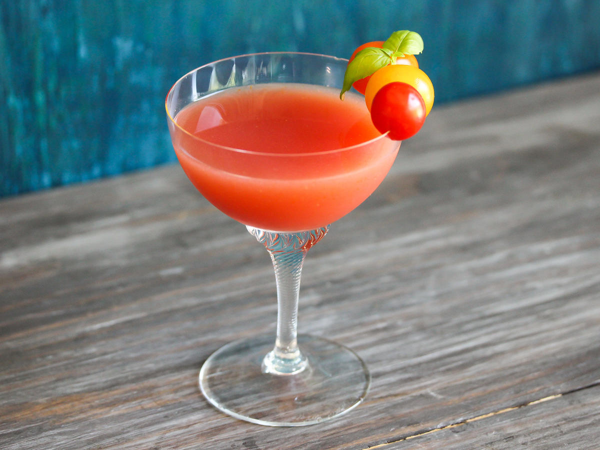 1708w- Tomato-Elderflower Cocktail