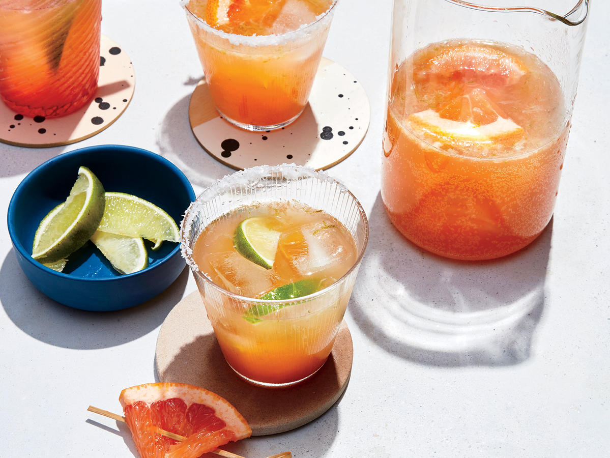 1710 Grapefruit Beergaritas - Sunday Strategist