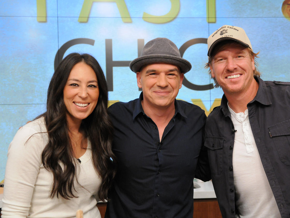 1712w Joanna and Chip Gaines